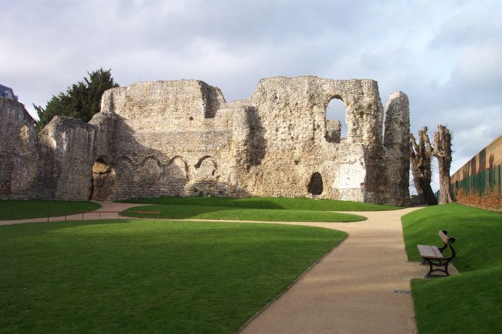 Reading_Abbey_interior